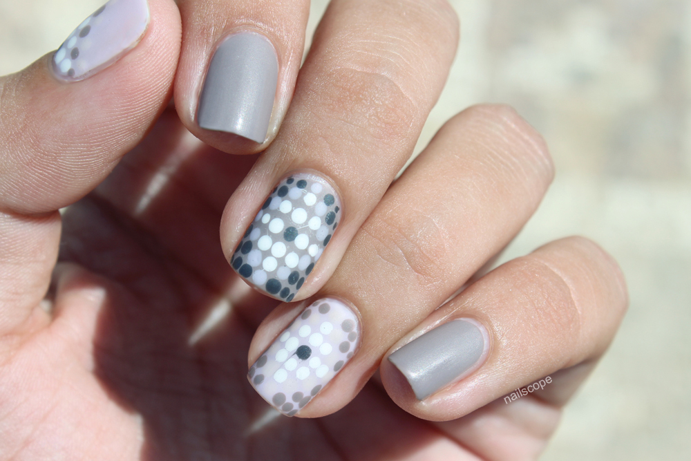 Mosaic Nails + Tutorial