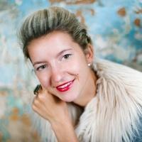 3.5.4 Liene Pētersone (http://lienepetersone.com) - titula Gada labākais kāzu fotogrāfs 2013 un 2015.
