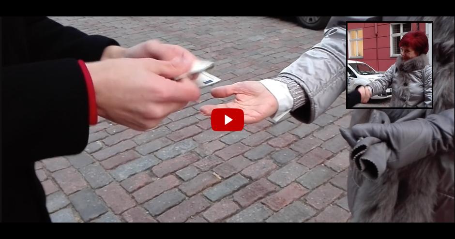 VIDEO: NAUDA SOLVITAS ĀBOLTIŅAS ROKĀS