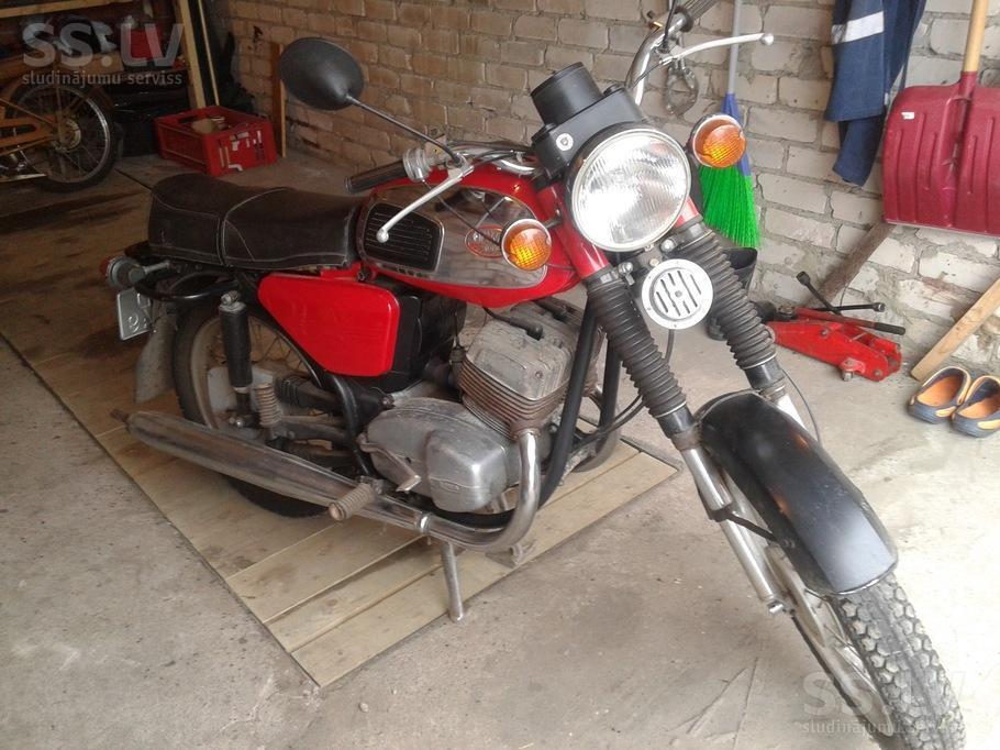 content32-foto.inbox.lv/albums/g/guntisbrg/634B/motorcycles-jawa-4947801-800.jpg